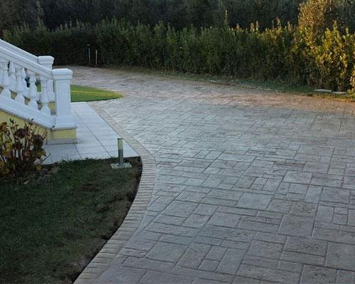 Calcestruzzo Stampato Per Esterni : Posa pavimenti stampati in cemento per esterno e interni parma piacenza